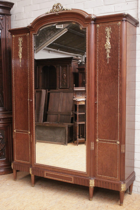 3 Door Louis XVI Armoire In Mahogany And Bronze Signed MERCIER    751Euro 1000 Euro   Houtroos