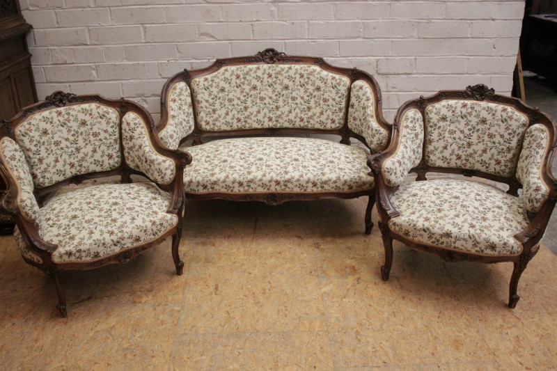 Swell 3 Pc Louis Xv Style Sofa Set In Walnut Seats Houtroos Evergreenethics Interior Chair Design Evergreenethicsorg