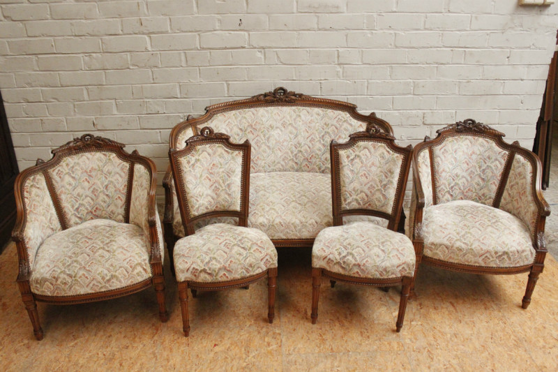 5 Pc Walnut Louis XVI Sofa Set
