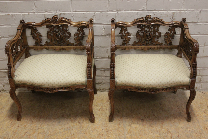 Exceptional Louis Xv Sofa Set In Walnut Seats Houtroos