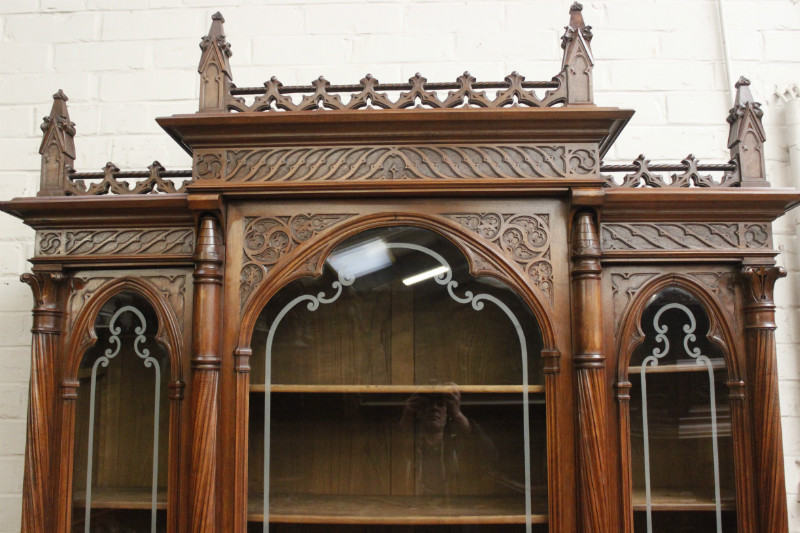- Exceptional Walnut Gothic 3 Door Bookcase - Bookcases - Houtroos