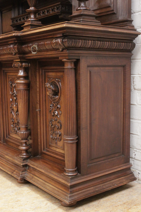 Préférence monumental Henri II cabinet in walnut - * Slideshow - Houtroos YB63
