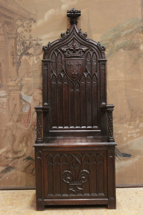Oak gothic throne chair & Oak gothic throne chair - Seats - Houtroos